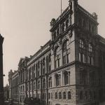 The Glasgow and West of Scotland Technical College in George Street, 1909, to whom the original David Elder Bequest was granted. This would become the Royal Technical College in 1912, and the University of Strathclyde in 1964.